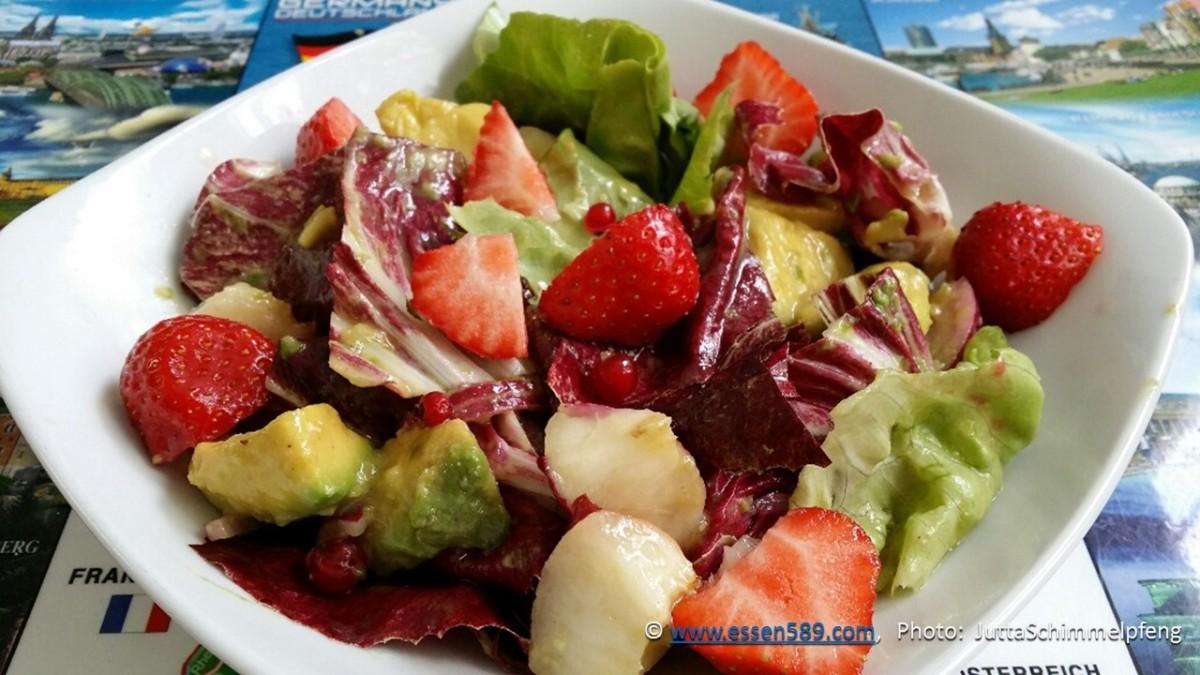 Kreative Küche: Gemischter Blattsalat mit Obst